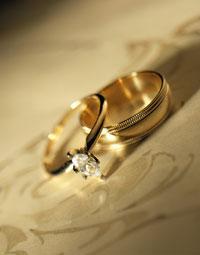 esküvő - gyűrűk